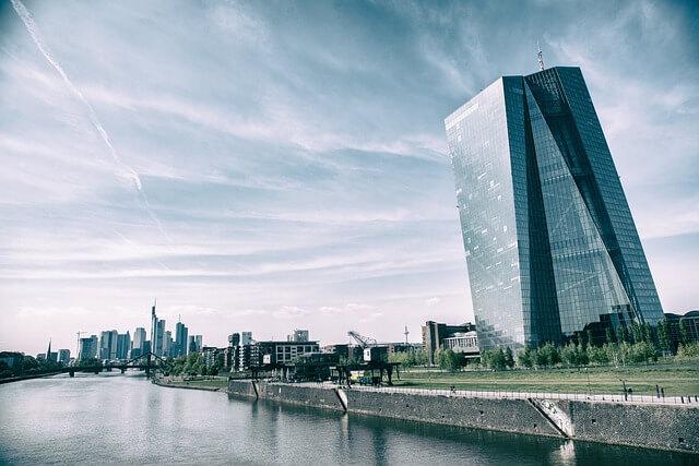 ECB Favor StableCoin